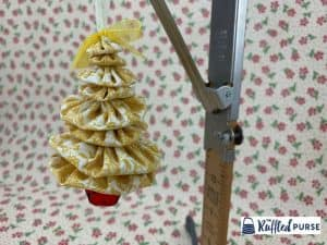 yo-yo Christmas tree