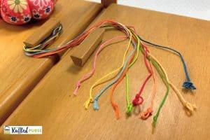 tie knots in thread