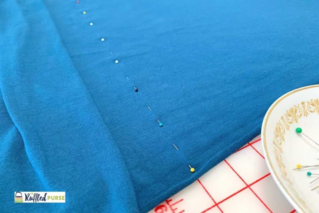 Use pins to mark vertical ribs that are hard to see.