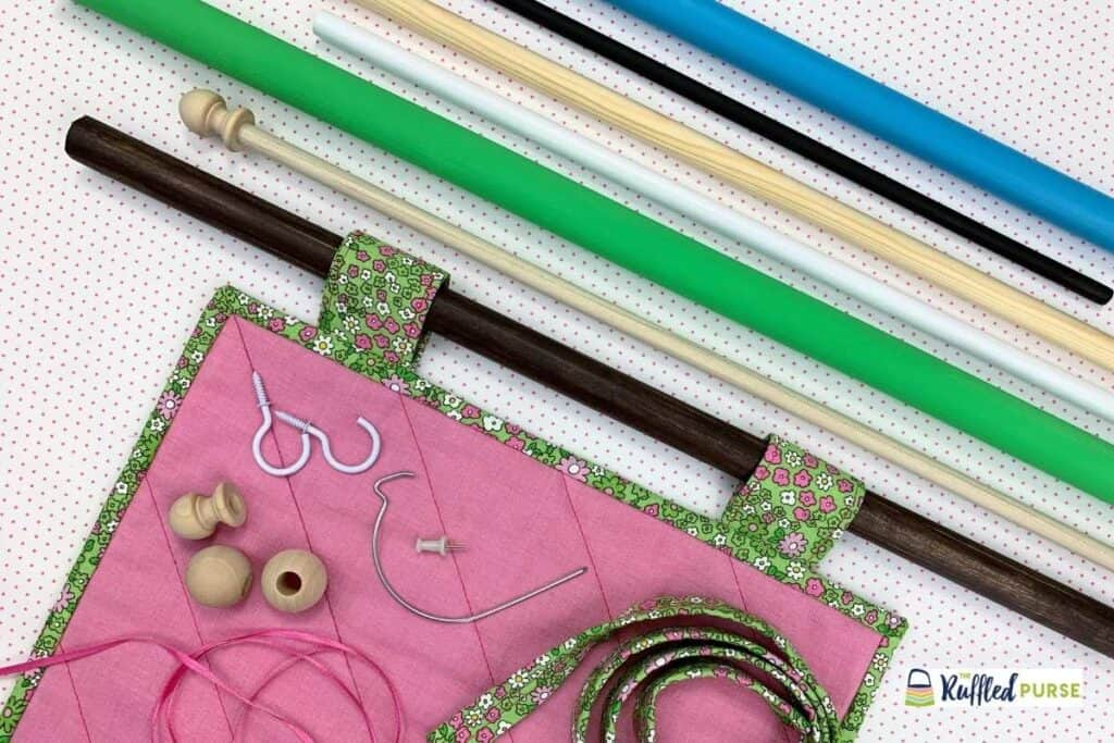 Quilt hanging tabs with different dowel rods