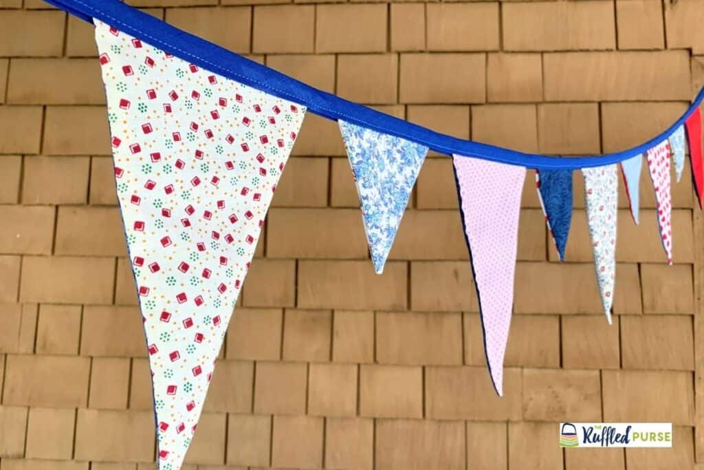 Bunting flags that are two different sizes
